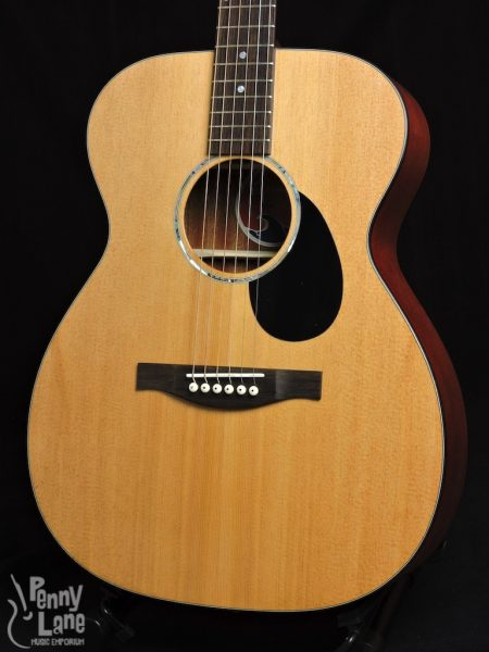 Eastman PCH1-OM Front Close