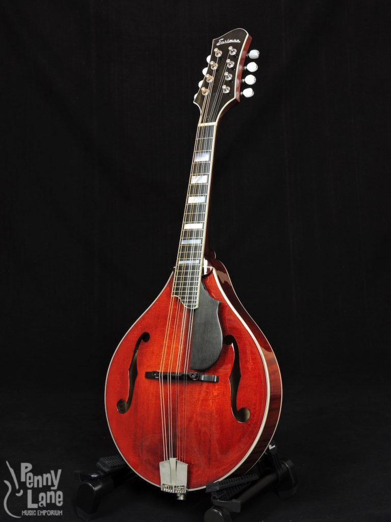 EASTMAN MD605 CLASSIC FINISH A-STYLE ACOUSTIC ELECTRIC MANDOLIN WITH CASE