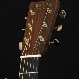MARTIN OM-28E ACOUSTIC ELECTRIC ORCHESTRA MODEL GUITAR WITH CASE