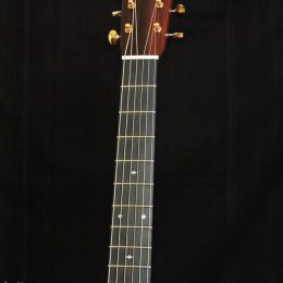 MARTIN D-28 MODERN DELUXE ACOUSTIC DREADNOUGHT GUITAR WITH CASE