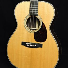 MARTIN OM-28E MODERN DELUXE ACOUSTIC ELECTRIC OM GUITAR WITH CASE