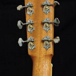 LARRIVEE OM-40R ROSEWOOD ACOUSTIC ORCHESTRA MODEL GUITAR WITH CASE - FLOOR MODEL
