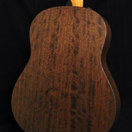 TAYLOR AD17E AMERICAN DREAM SERIES ACOUSTIC ELECTRIC GRAND PACIFIC GUITAR WITH CASE