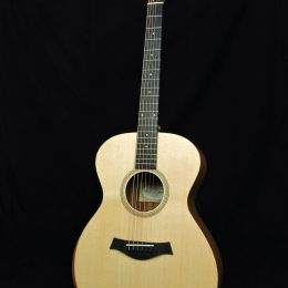 TAYLOR ACADEMY 12E ACOUSTIC ELECTRIC GRAND CONCERT GUITAR WITH GIG BAG
