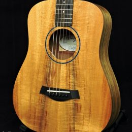 TAYLOR BTE-KOA BABY TAYLOR ACOUSTIC ELECTRIC TRAVEL DREADNOUGHT GUITAR WITH GIG BAG