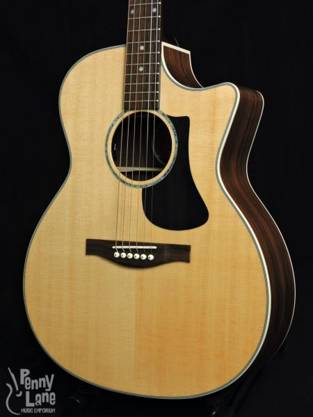 EASTMAN PCH2-GACE SOLID SITKA SPRUCE TOP ACOUSTIC ELECTRIC GRAND AUDITORIUM GUITAR