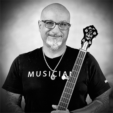 Armando Zuppa teaches Guitar, Banjo, Mandolin and Ukulele