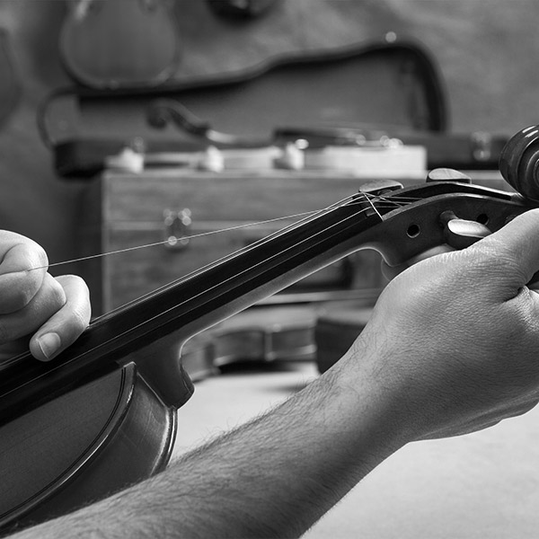 violin repair at Penny Lane Music Emporium
