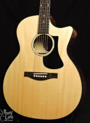 EASTMAN PCH3-GACE-CLA ACOUSTIC ELECTRIC GRAND AUDITORIUM GUITAR WITH GIG BAG