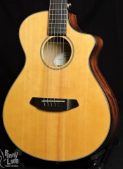 USED BREEDLOVE DISCOVERY COMPANION CE ACOUSTIC ELECTRIC TRAVEL GUITAR WITH GIG BAG