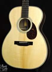 EASTMAN E8OM-TC THERMO-CURED SWISS ALPINE SPRUCE ACOUSTIC ORCHESTRA MODEL GUITAR WITH CASE