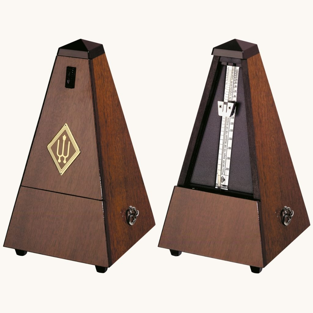 how to set a mechanical metronome